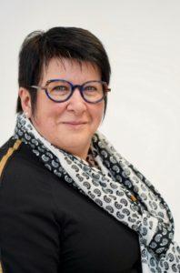 """Christine DEROYAND 50 ans la Croix-Avranchin se présente sur la liste sans étiquette """"J'aime ma commune, une équipe par passion"""" menée par David JUQUIN."""