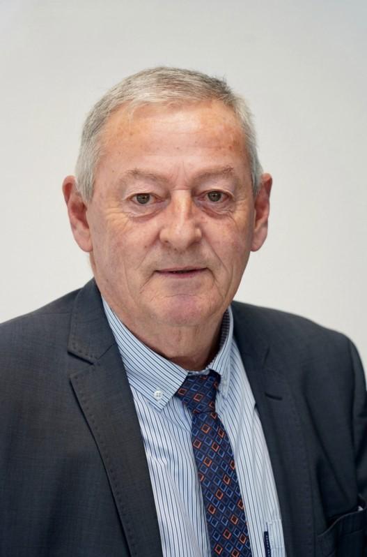 """Michel ROBIDEL 61 ans Vergoncey se présente sur la liste sans étiquette """"J'aime ma commune, une équipe par passion"""" menée par David JUQUIN."""